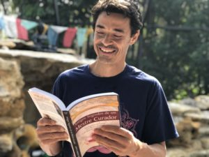(This life-changing book has been read and loved by people all over the world, with volunteers working to translate it into 30+ languages)